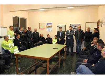 Francisco Núñez felicita a los trabajadores del Parque Móvil de la Diputación por su actuación en la nevada que afectó a la provincia