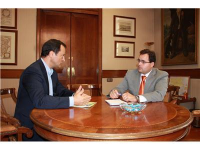 Francisco Núñez recibe al gerente de Atención Primaria