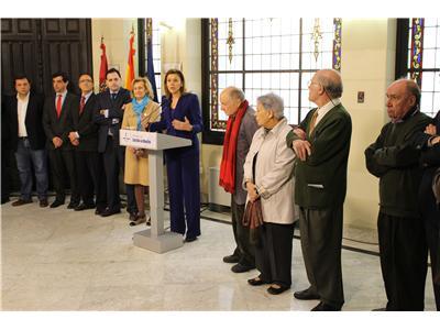 La presidenta Cospedal anuncia la creación del Museo de Arte Realista de Albacete, en el chalet de Fontecha
