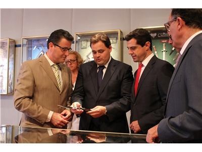 Francisco Núñez anuncia los premios del XXXIV Concurso Castilla-La Mancha de cuchillería, organizado por APRECU