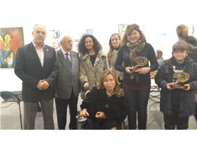 Los diputados provinciales Carlota Romero y Félix Diego Peñarrubia asisten a los Premios del Certamen de Pintura de AMIAB Arte sin Barreras