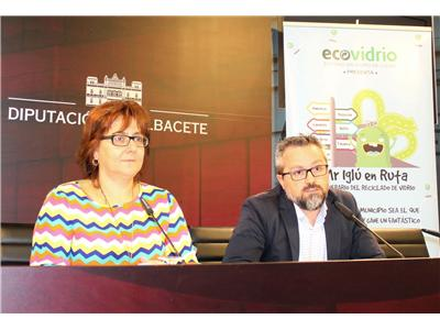 """Siete municipios acogerán la campaña medioambiental de reciclaje de vidrio """"Mr. iglú en ruta"""""""