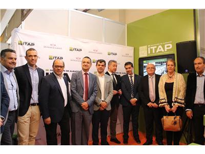 Cabañero califica a Expovicaman como una de las mejores ferias de España del sector primario