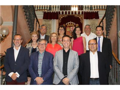 Cabañero resalta en el ecuador de su mandato que se han dado pasos para lograr una provincia más igual