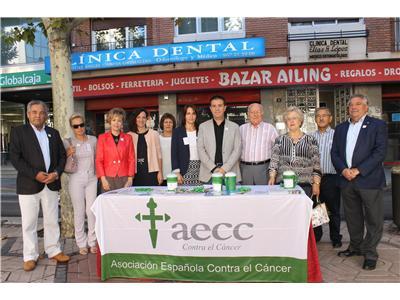 La Diputación de Albacete participa en la tradicional jornada de cuestación de Feria de la AECC