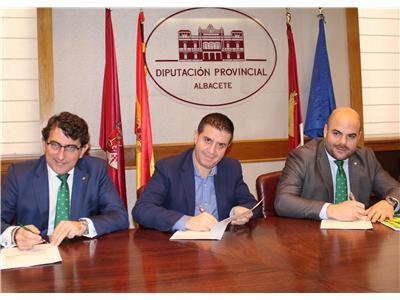 Convenio de 22 millones de euros entre Diputación y Caja Rural CLM para adelantar pagos a los ayuntamientos a cuenta de la recaudación