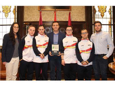 Diputación apoyará la participación de los nadadores de Asprona en el mundial de Canadá.
