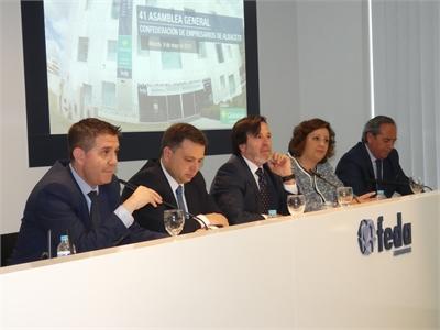 Cabañero insta aque se dé un impulso definitivo aproyectos como las autovías de Linares o Cuenca