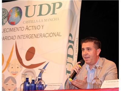 El presidente de la Diputación clausura en Madrigueras las jornadas organizadas por la UDP sobre Envejecimiento Activo y Saludable