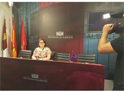 La diputada Mª José Vázquez defiende la gestión del Consorcio de Medio Ambiente en la recogida de envases