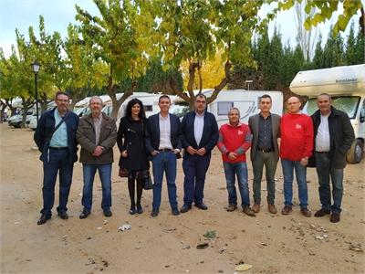 El presidente de la Diputación inaugura la nueva zona de servicio para autocaravanas de Villalgordo del Júcar