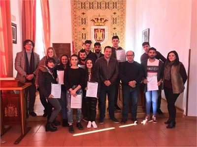 Una quincena de jóvenes de la Sierra de Alcaraz recibe el certificado de profesionalidad como Auxiliar de Cocina gracias a un curso de la Diputación