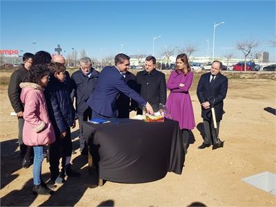 El presidente de la Diputación subraya la apuesta por la Educación como la mejor vía para seguir abriendo caminos de oportunidades en la provincia