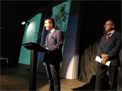 Santiago Cabañero ensalza los valores de unión, hermandad y solidaridad que han hecho de las tamboradas Patrimonio Cultural de la Humanidad