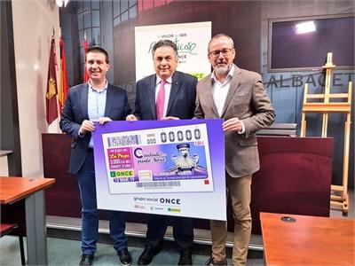A la venta más de 5'5 millones de cupones de la ONCE con la imagen del reloj del Ayuntamiento de Villarrobledo