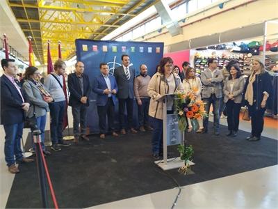 """Vázquez: """"Comercia supone un magnífico escaparate para que la ciudadanía se acerque al pequeño comercio"""""""