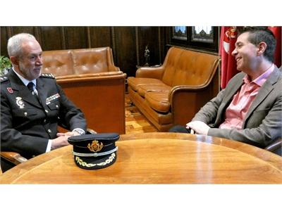 Santiago Cabañero se reúne con el próximo comisario jefe provincial del CNP en Albacete, Florentino Marín Parra