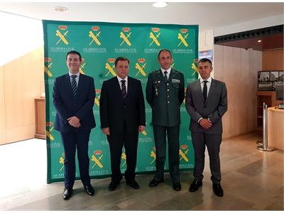 Cabañero destaca, en la celebración del 175º aniversario de la Guardia Civil, lo fundamental que es la presencia de ésta en nuestros pueblos
