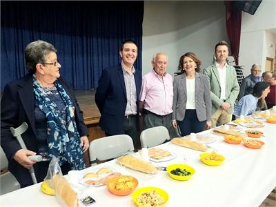 Cabañero ensalza el papel del asociacionismo como vertebrador del medio rural en la cena de la Asociación de Pensionistas y Jubilados de Cenizate