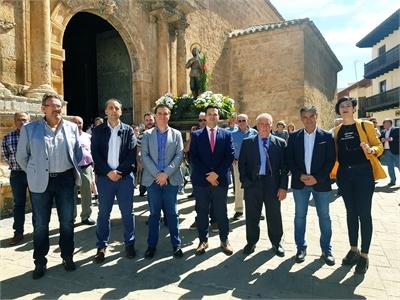 Cabañero elogia la labor de los y las protagonistas de la Agricultura albaceteña en las celebraciones de San Isidro Labrador de Tarazona y Villamalea