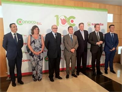 """Cabañero afirma que el centenario de CONACO prueba no solo """"la gran salud y el potencial"""" de una empresa referente, sino del sector agroalimentario"""