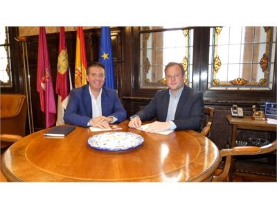 Cabañero y Casañ mantienen su primera reunión oficial con varios objetivos comunes para el progreso de Albacete sobre la mesa
