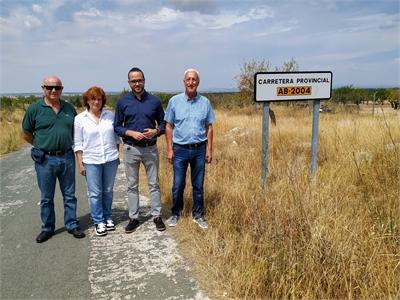 La Diputación acometerá labores de limpieza en la AB-2004 entre El Villar y La Pared