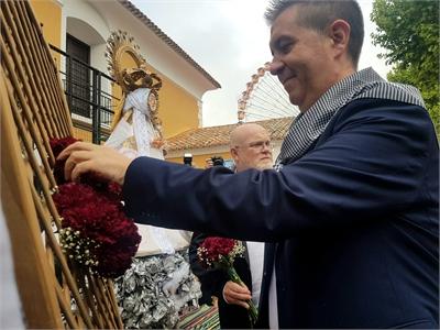 """Cabañero recuerda """"a los municipios de la provincia afectados por el temporal"""" durante la Ofrenda de Flores a la Virgen de Los Llanos"""