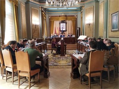 El Pleno de la Diputación da luz verde a siete convenios de colaboración con diferentes ayuntamientos y entidades