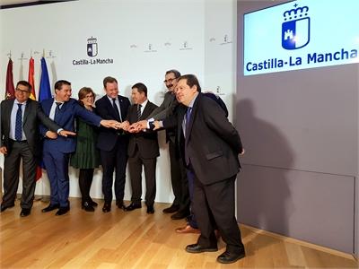 Cabañero participa en la creación de la comisión de seguimiento de las obras del Hospital de Albacete