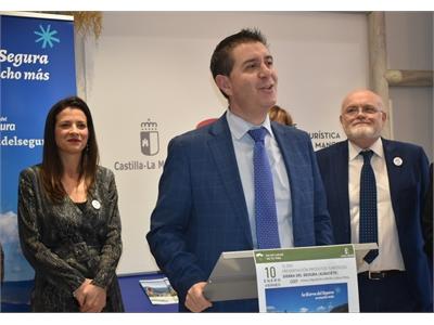 Cabañero pone en valor, en Madrid, los recursos turístico de la Sierra del Segura y su capital humano
