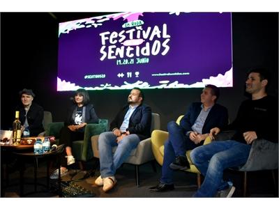 Cabañero, testigo del 'aterrizaje' en Madrid del Festival de los Sentidos de La Roda 2020, con Amaral como protagonista