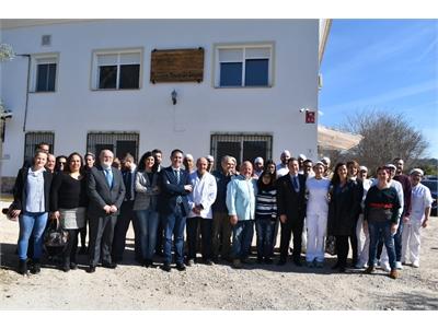 Cabañero destaca la importancia de las empresas ubicadas en el medio rural como recurso para fijar población y afrontar el reto demográfico