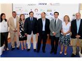 El presidente de la Diputación anima a los empresarios de Villarrobledo a seguir apostando por el empleo