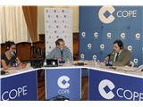El presidente de la Diputación, Francisco Núñez, expone los proyectos de la provincia de Albacete en el programa La Tarde de la Cope