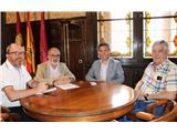 El presidente de la Diputación expresa su apoyo a los proyectos del  Colegio Oficial de Enólogos