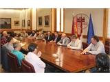 Diputación, JCCM y Gobierno central, comprometidos para garantizar el transporte rural de viajeros en la provincia de Albacete