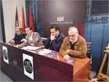 La Plaza de Alcaraz protagoniza un libro, un concierto y la felicitación institucional de Diputación, por el V centenario del comienzo de sus obras