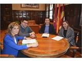 Cabañero se compromete con CC.OO. y la UGT a trabajar para que la contratación pública de la Diputación sea cada vez más socialmente responsable