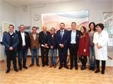 Cabañero pone en valor el trabajo de la Asociación de Parkinson de La Roda – CIRENC visibilizando la enfermedad y apoyando a quienes la padecen
